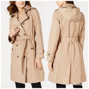 Michael Kors Women's Trenchcoat Tan Pockets Belted